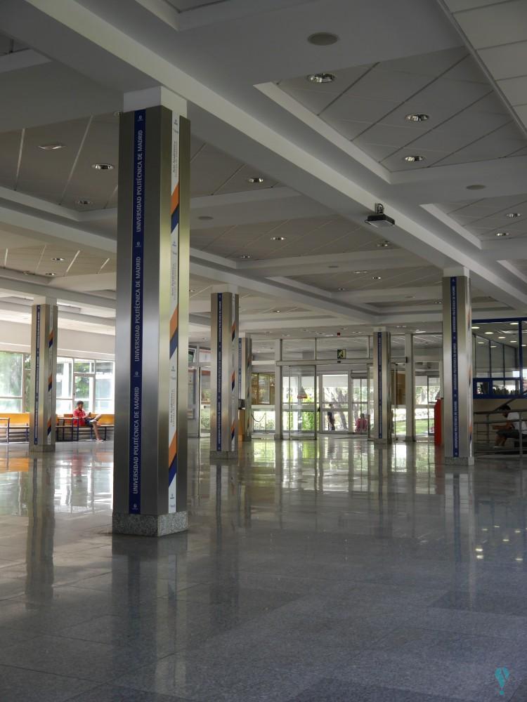 Escuela de Ingenieros de Telecomunicaciones de la UPM