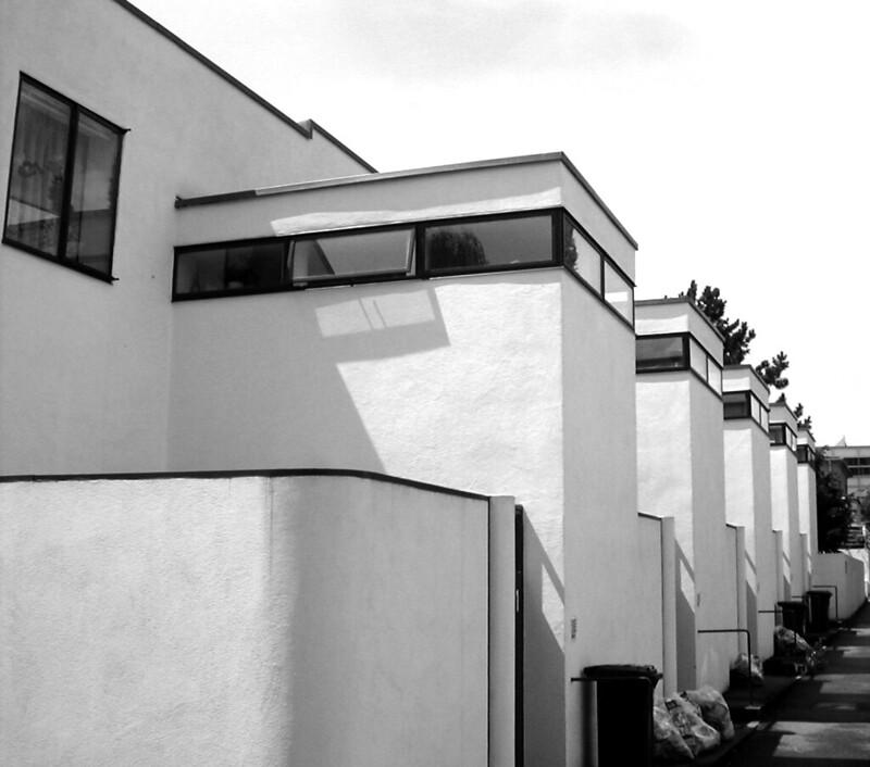 Casas adosadas en la Weissenhofsiedlung