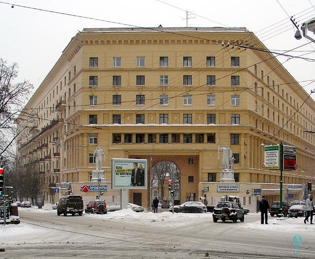 Edificio de apartamentos en Yauzsky Boulevard