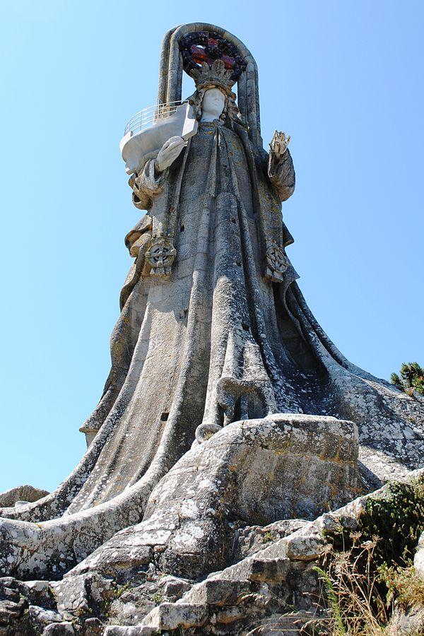 Escultura Virgen de la Roca