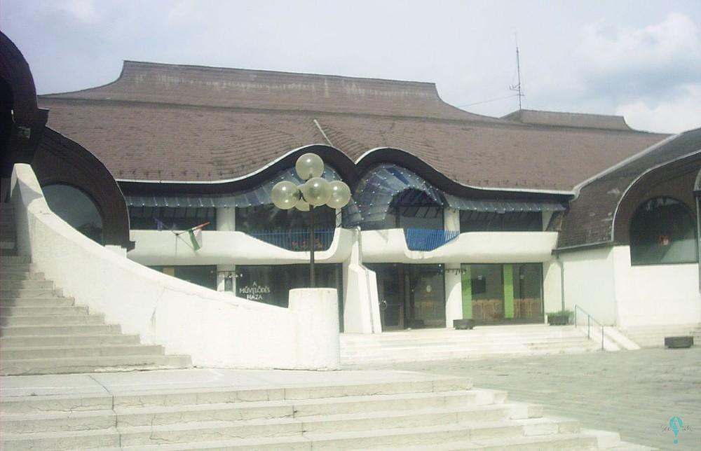 Centro Cultural en Sárospatak