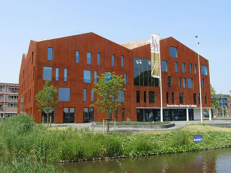 Colegio universitario de Amsterdam